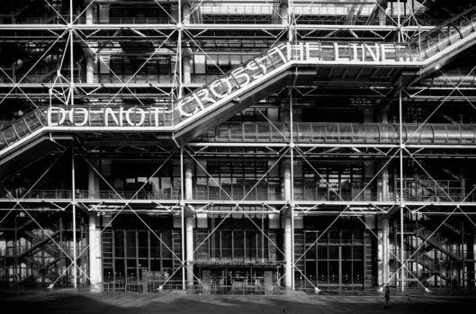 RERO, Do Not Cross the Line, 2012, Centre Pompidou, photo © Cristobal Diaz