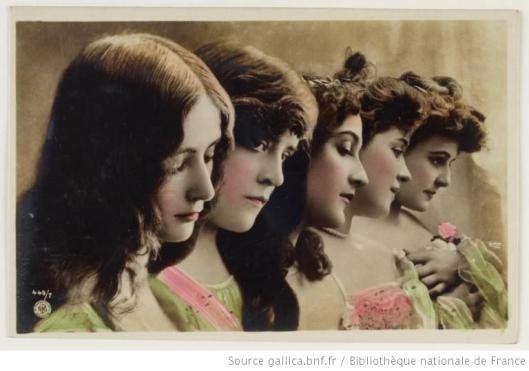 Carte postale réutilisant des clichés de Reutlinger