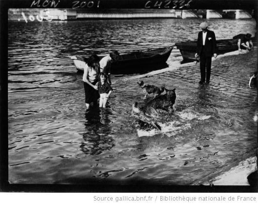 Agence Mondiale, Paris, la chaleur scène typique au bord de la Seine, 1932, Gallica/BnF