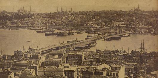 Pascal Sebah, Panorama de Constantinople pris de la tour de Galata, 1875, INHA (détail du pont)