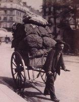 Atget, chiffonnier à Paris le matin, Gallica