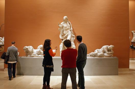 """Opération """"Les jeunes ont la parole"""" (JOP) au Musée du Louvre, 29 nov 2013, photo: Mathilde Ledur"""