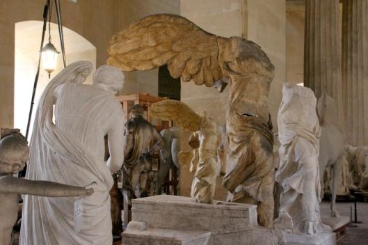 Moulages de la Victoire de Samothrace, original conservé au Louvre