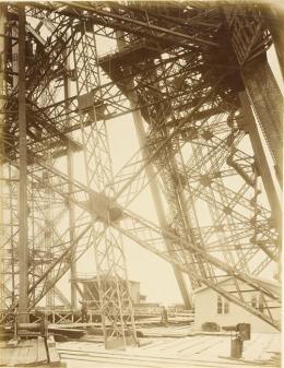 Durandelle,16 juin 1888, La première plate-forme , photographie, fonds Eiffel, musée d'Orsay/RMN