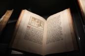 """Roman du comte d'Artois, BnF, Livre exposé lors de la présentation bruxelloise de """"Miniatures flamandes"""""""