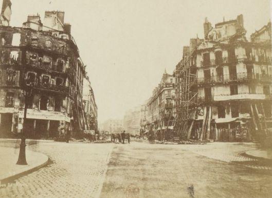 Rue de Rivoli pendant la Commune