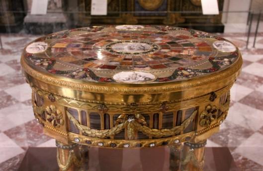 Table Teschen Neuber Louvre 1780 Breteuil